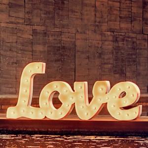 LOVE BLANCO PEQUEÑO SOLO