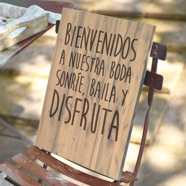 Cartel de madera vintage bienvenidos a nuestra boda venta y alquiler de letras para - Carteles retro ...